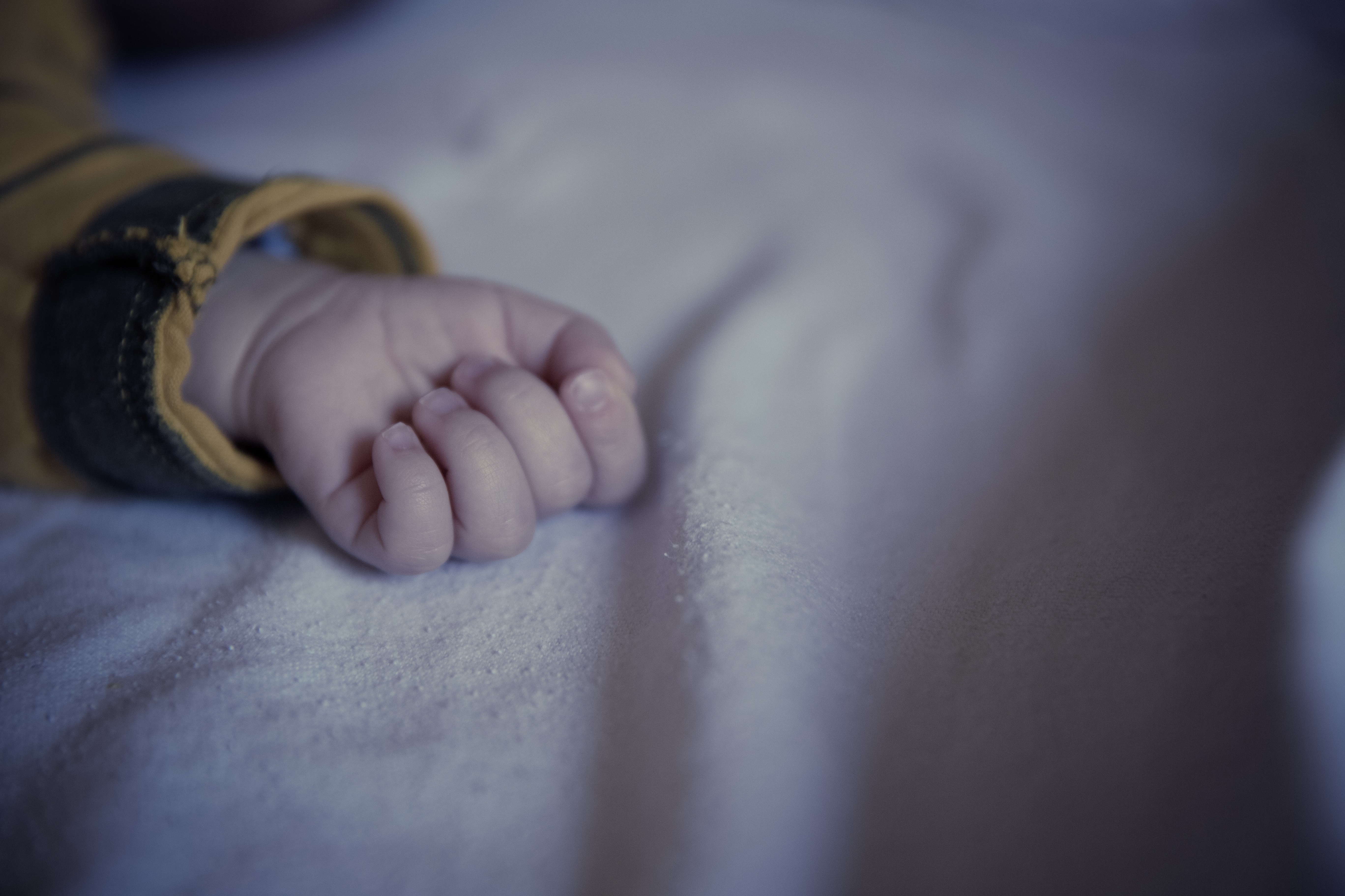 Masern Verdacht Babyhand
